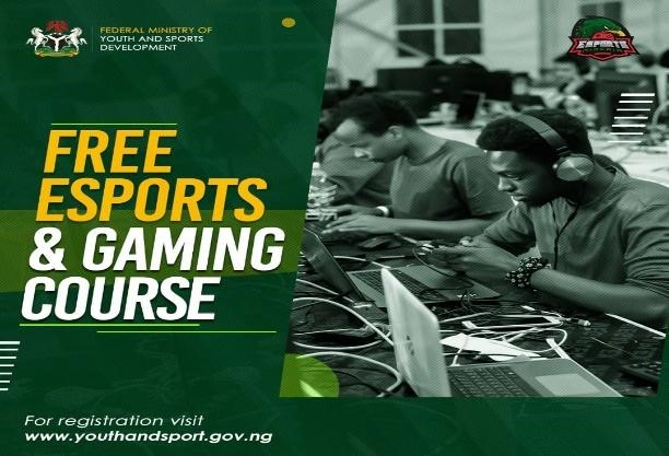 FREE ESPORT AND GAMING COURSE